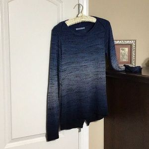redhaute Tops - REDHAUTE Long sleeve T. Very soft.